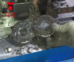 矿用重轨搭接板多轴钻床加工