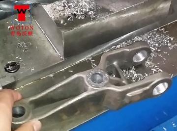 汽车配件二工位一立一卧多轴扩孔专机