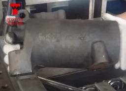 提升器油缸三工位卧式数控钻扩攻专机