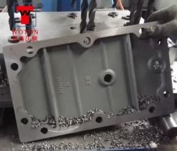 电机减速机盖板多轴钻孔机